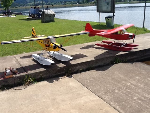 Float Flying at Plati in                                                           Sutherlin                                                           Oregon 2012                                                           007